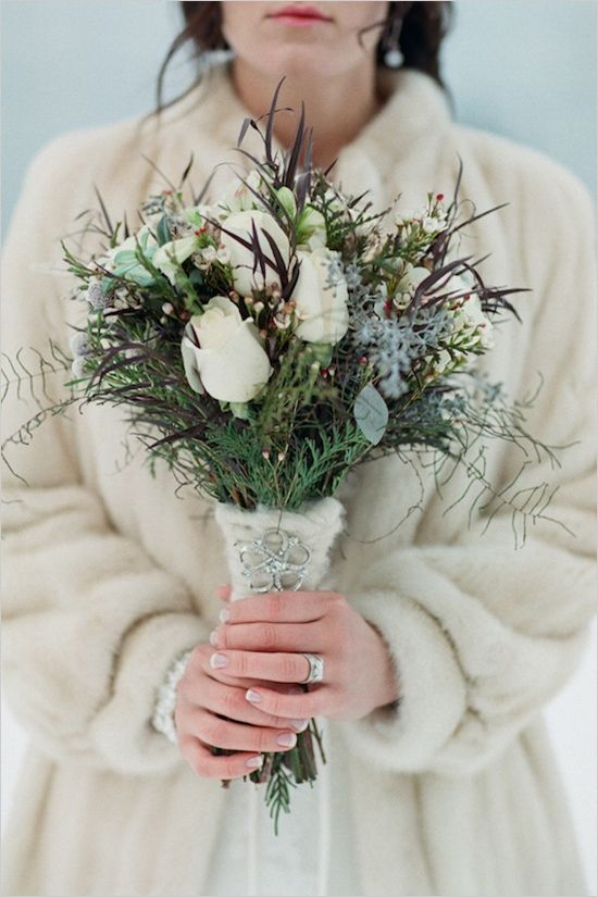 41 Fabulous Winter Bouquets | Te Newport Bride