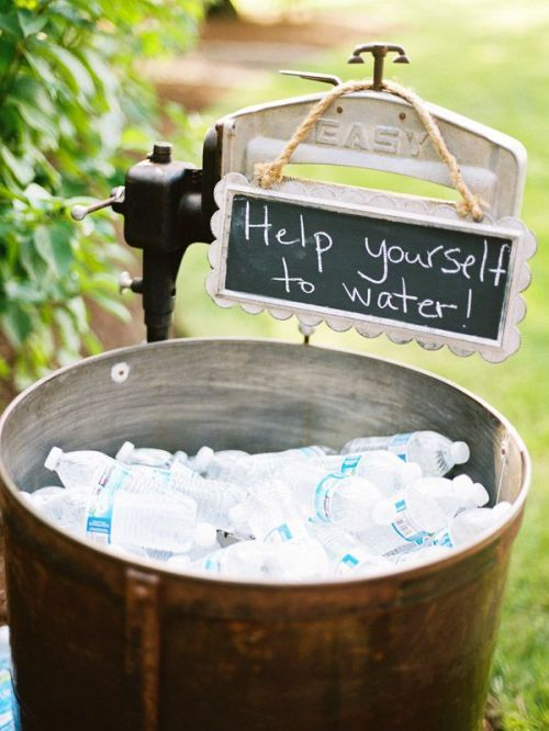 12 Ways to Keep Guests Cool and Comforatble | The Newport Bride