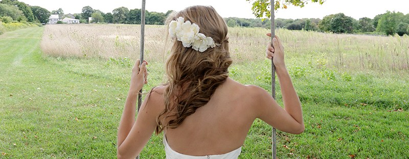 Day 11 of The Newport Bride's 12 Days of Christmas Giveaway is a custom hairpiece from Andria Bird Bride   The Newport Bride