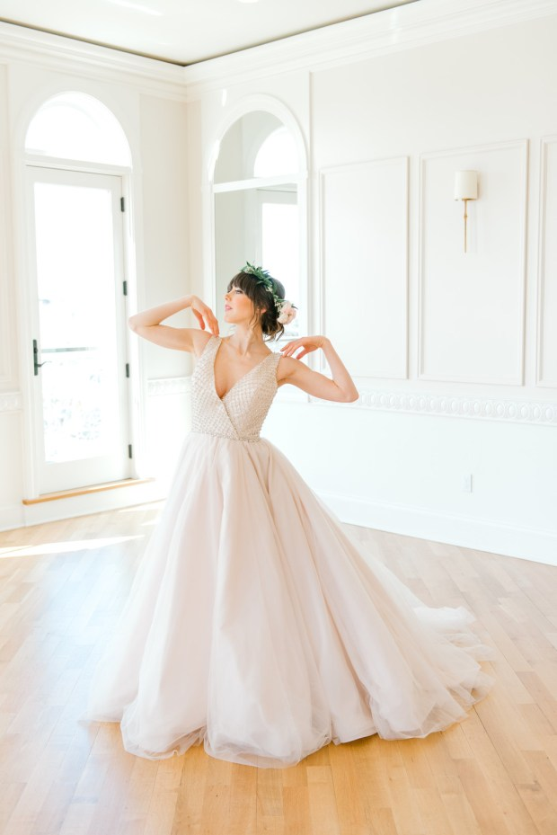 Blush Romantic Ballerina Bridal_Alicia Ann Photographie_blushballerinabridalnewportweddingphotography184_big