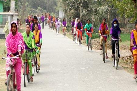 https://thenewse.com/wp-content/uploads/Jhenidah-cycle-rally-photo-09-03-21.jpg