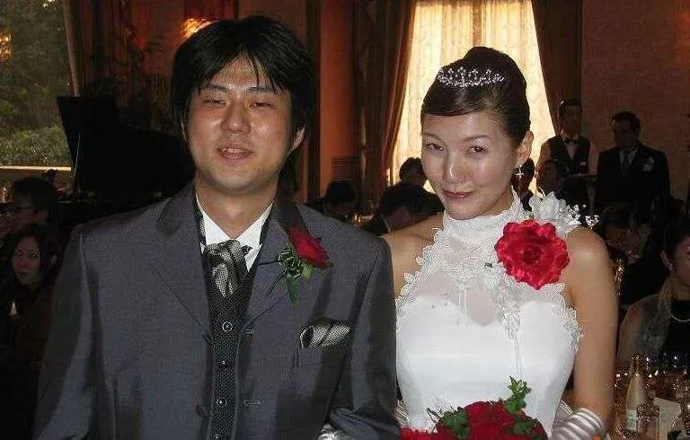 Eiichiro-Oda-marriage.jpg