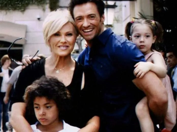 Hugh-Jackman-with-wife-and-children.jpg