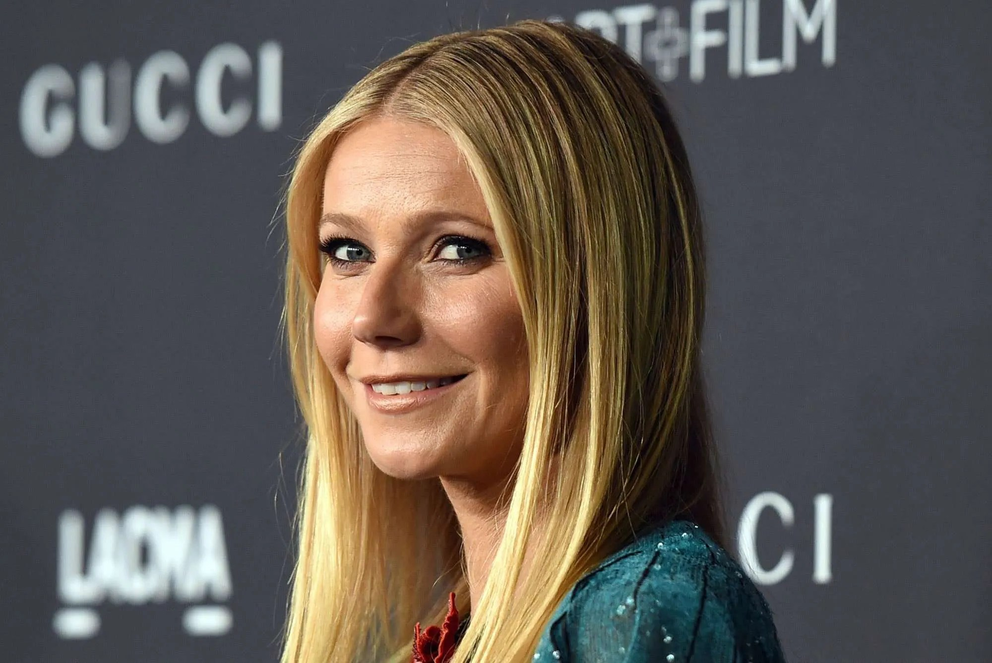 Gwyneth Paltrows Daughter Apple Reacts to Nude Birthday Post