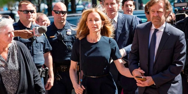 Felicity Huffman, Felicity Huffman released from prison early, served 11 days of two-week sentence