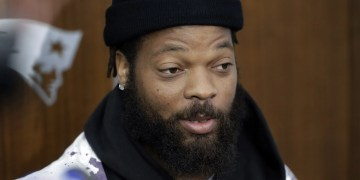 Latest Sports News: Yelling from Cowboys locker room after loss was Michael Bennett's encouragement – Yahoo Sports
