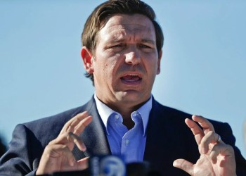 florida-supreme-court-sides-with-desantis,-rules-convicted-felons-must-pay-off-fines-before-voting