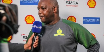 watch-mosimane-and-mamelodi-sundowns-fans-not-giving-up-on-psl-title