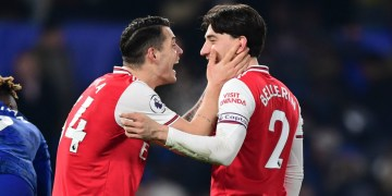Bellerin, Chelsea 2-2 Arsenal: Bellerin salvages dramatic draw for 10-man Gunners