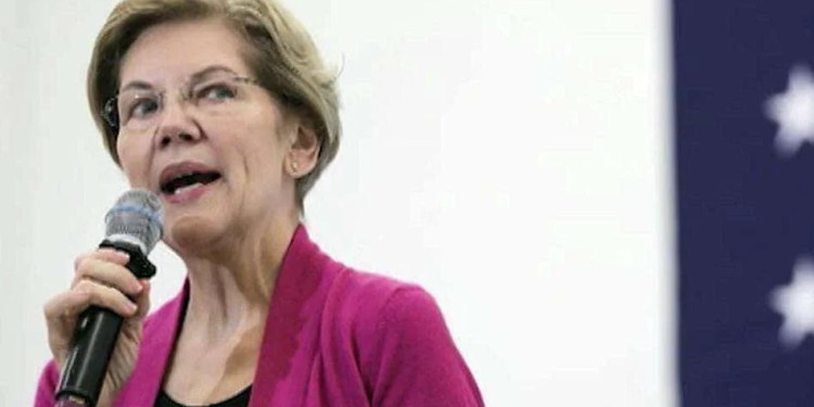 Warren promises at least half of her Cabinet will be 'women and nonbinary people' if elected president, Warren promises at least half of her Cabinet will be 'women and nonbinary people' if elected president