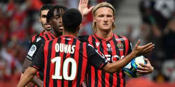 adam-ounas-scores-as-nice-crash-out-to-lyon-in-french-cup