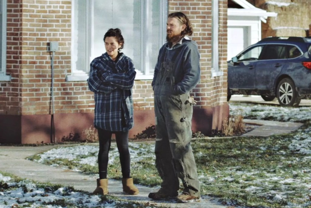 The Killing of Two Lovers Review – A High Tension Drama With Tragic Fate