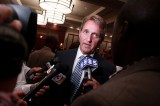 Jeff Flake Defends Muslim Adversary From Online Abuse