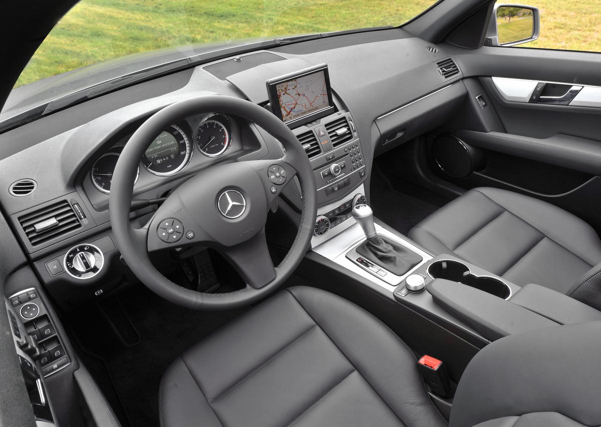 hight resolution of 2008 mercede c300 interior