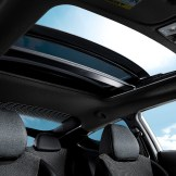 2016 Hyundai Veloster Overview sunroof