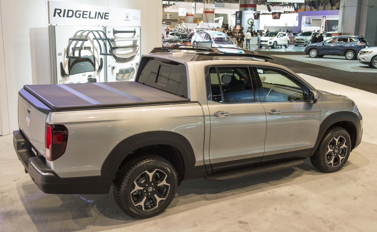 hight resolution of 2017 honda ridgeline black edition genuine accessories on display in chicago the news wheel