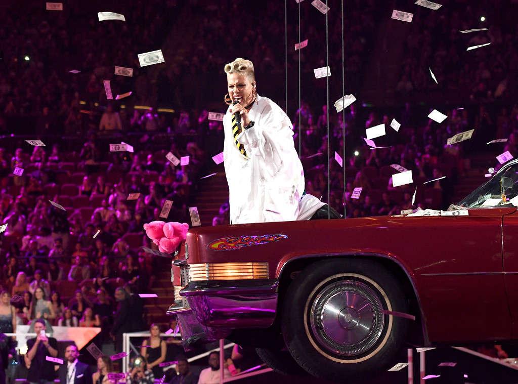 Wallpaper Falling Off Pink Cruises At The Vmas Atop A Pink Cadillac And Receives