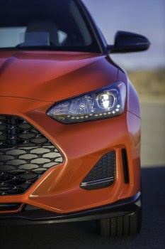 2019 Hyundai Veloster hatchback car redesign generation headlight fender