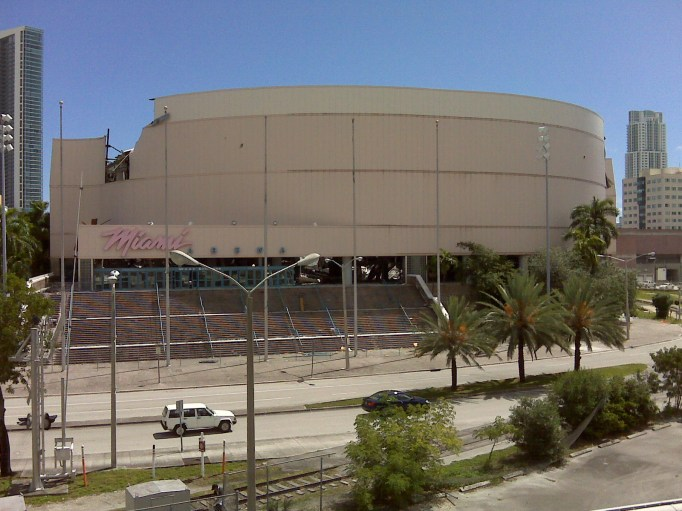 Miami Arena being demolished, view from the west, taken September 24, 2008. The west wall was the last to fall, October 21, 2008.(Piusg, Wikipedia)