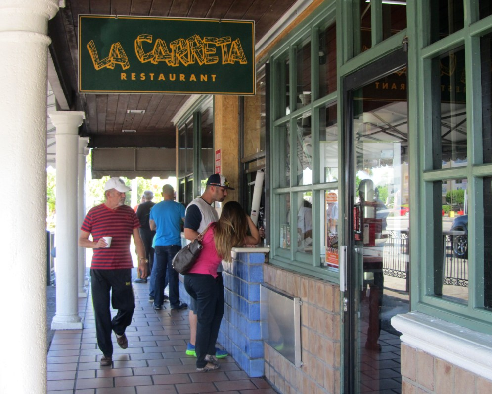 La Carreta features a walk-up window for pastries and coffee as well as a sit-down dining area. (Ashley Martinez photo)