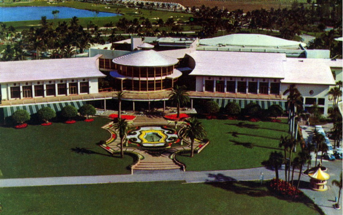 A postcard of Doral Country Club. (State Archives of Florida, Florida Memory)