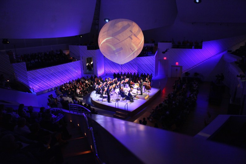 Michael Tilson Thomas conducts the New World Symphony in John Cage's Dance 4 Orchestras. (Courtesy of Rui Dias-Aidos)