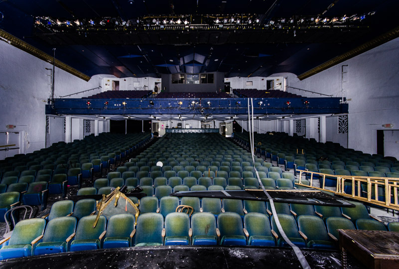 The interior of the Coconut Grove Playhouse today (Courtesy of David Bullet/AbandonedFL.com)
