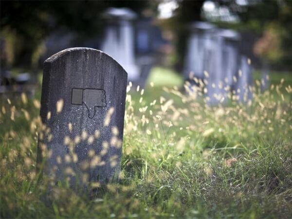 Facebook Kills a Few Social Apps