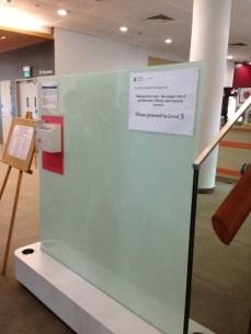 Great idea in Li Ka Shing - Suggestion white board