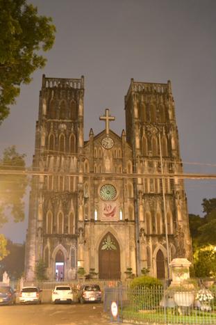 Catedral de St. Joseph (que hacer en Hanoi)