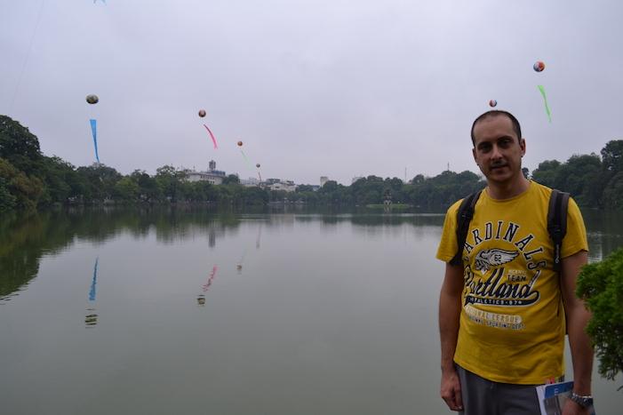 Lago Hoan Kiem en Hanoi
