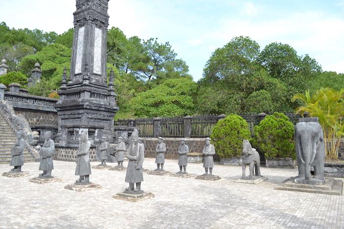 Exterior de la tumba del emperador Khai Dinh