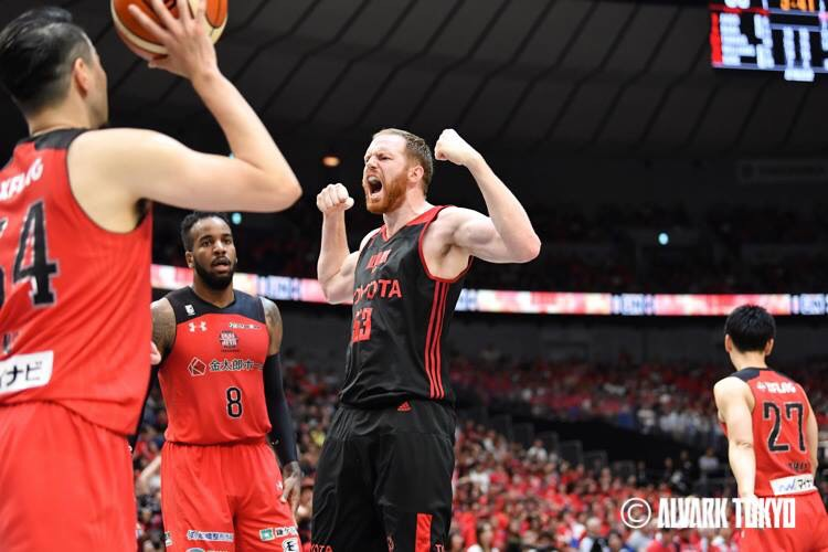 Read more about the article Former New Mexico Lobos center Alex Kirk is having success in Japan