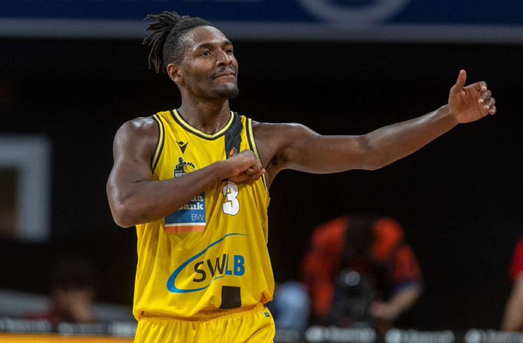 Read more about the article German League MVP Jaleen Smith is ready for his opportunity during Summer League with the Phoenix Suns