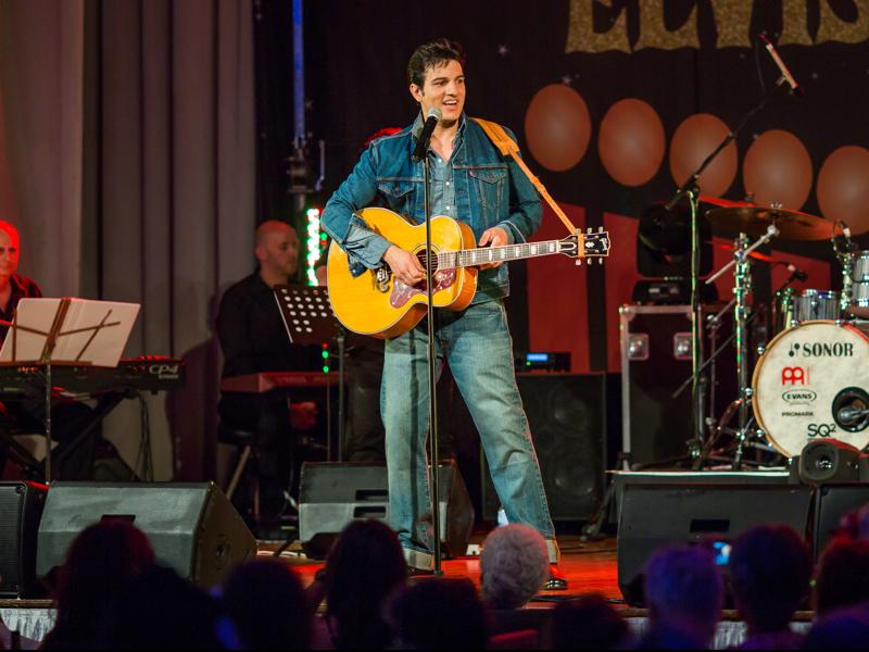 Parkes Elvis Festival.013