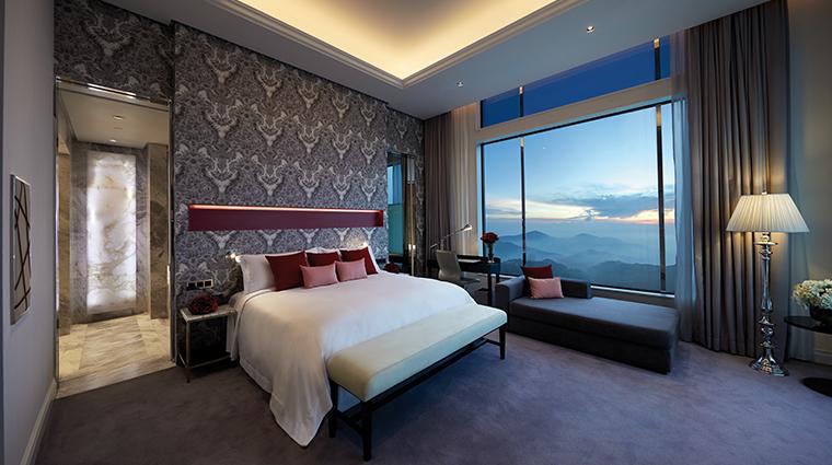 crockfords-at-resorts-world-genting-new-junior-suite