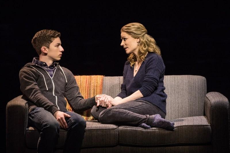 Andrew-Barth-Feldman-and-Lisa-Brescia-in-Dear-Evan-Hansen-on-Broadway-cMatt-Murphy