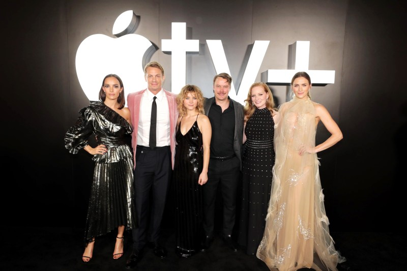Apple_For-All-Mankind-Premiere_The-Cast_101519