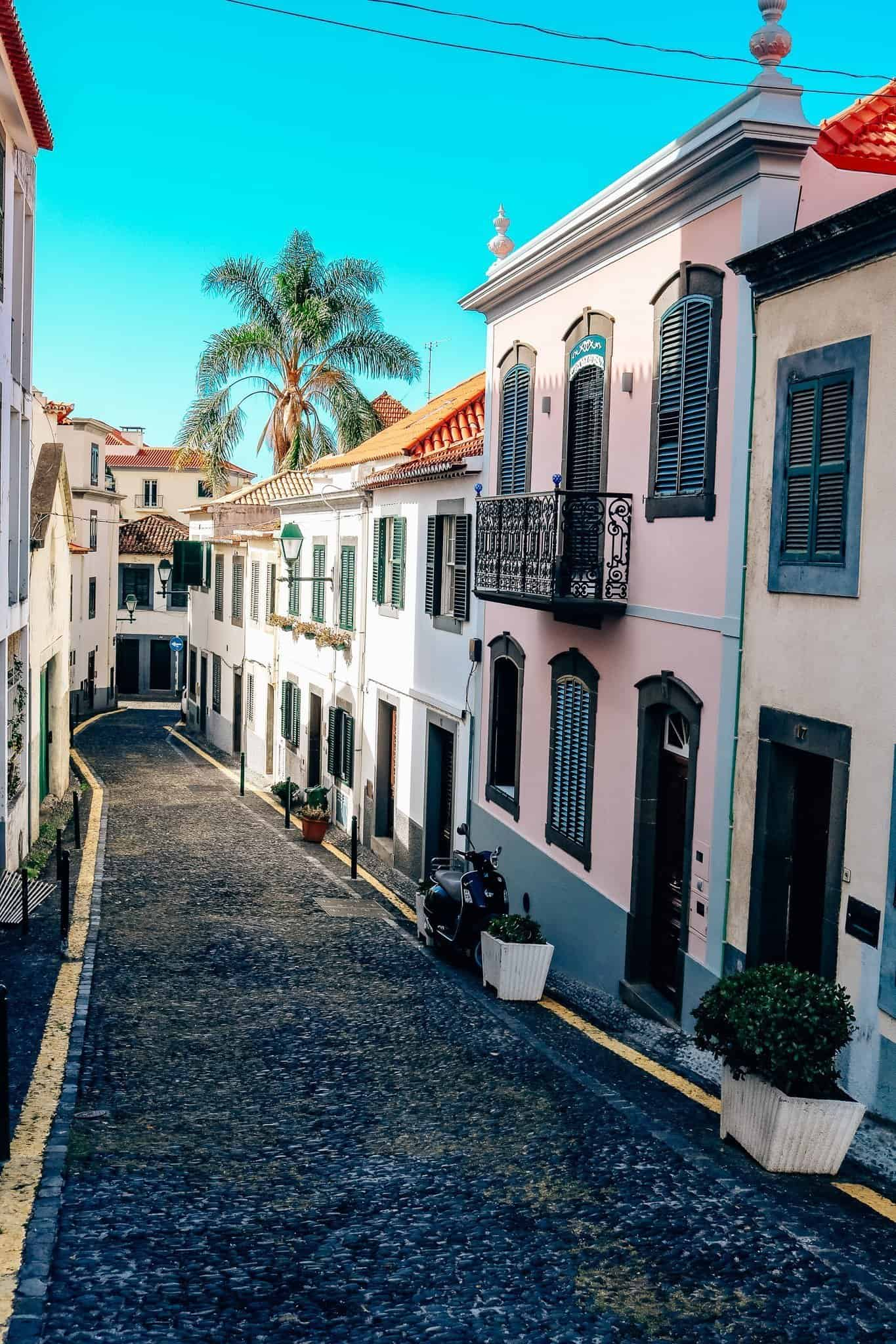 Top 7 Things to do in Madeira-streets of funchal