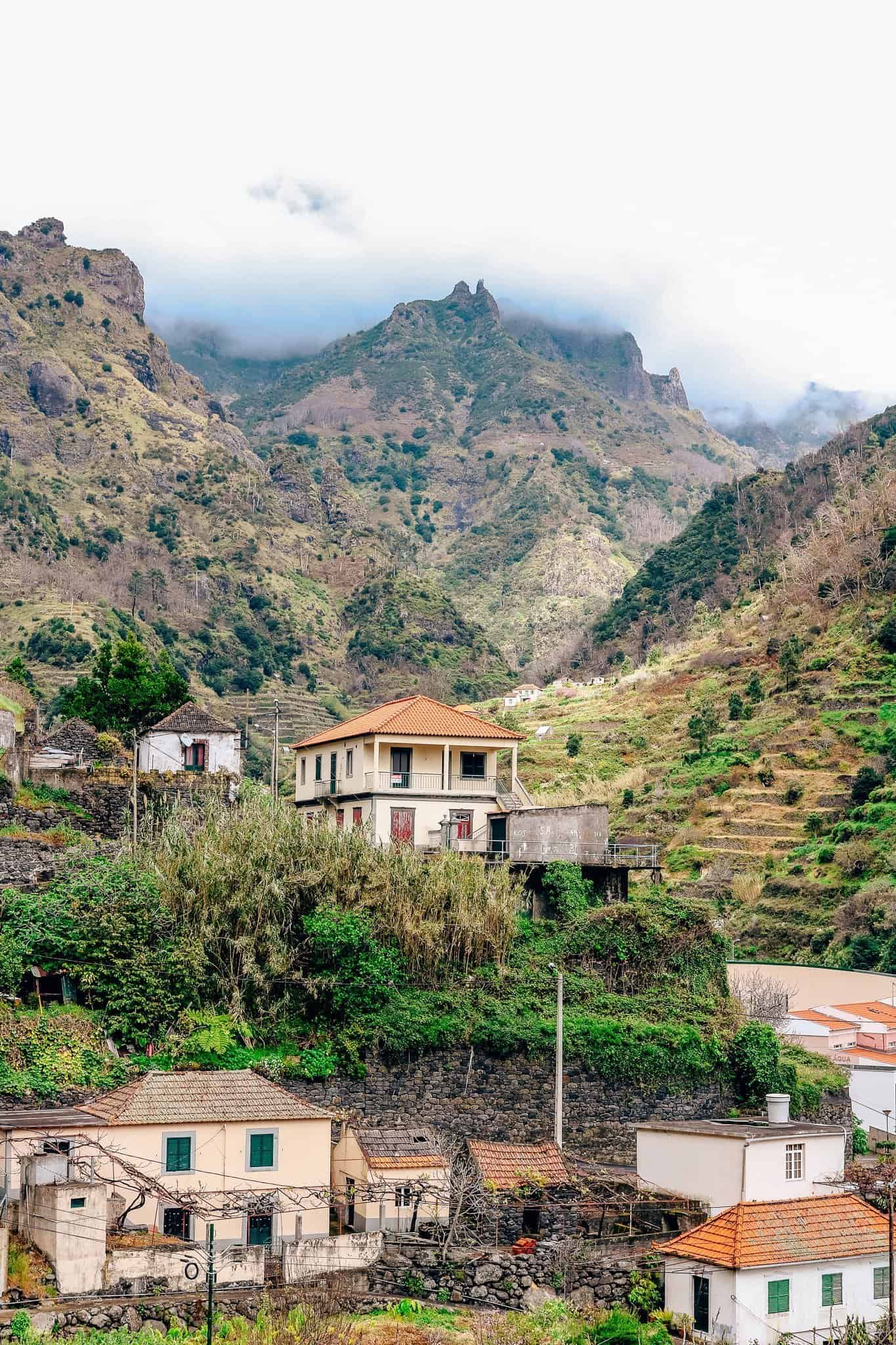 Top 7 Things to do in Madeira-mountains view