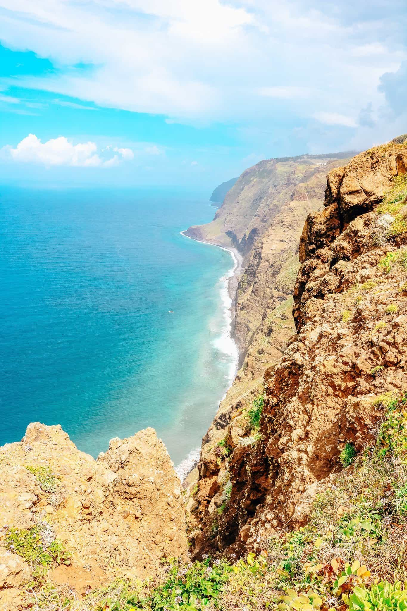 Top 7 Things to do in Madeira-viewpoint ponta do pargo lighthouse