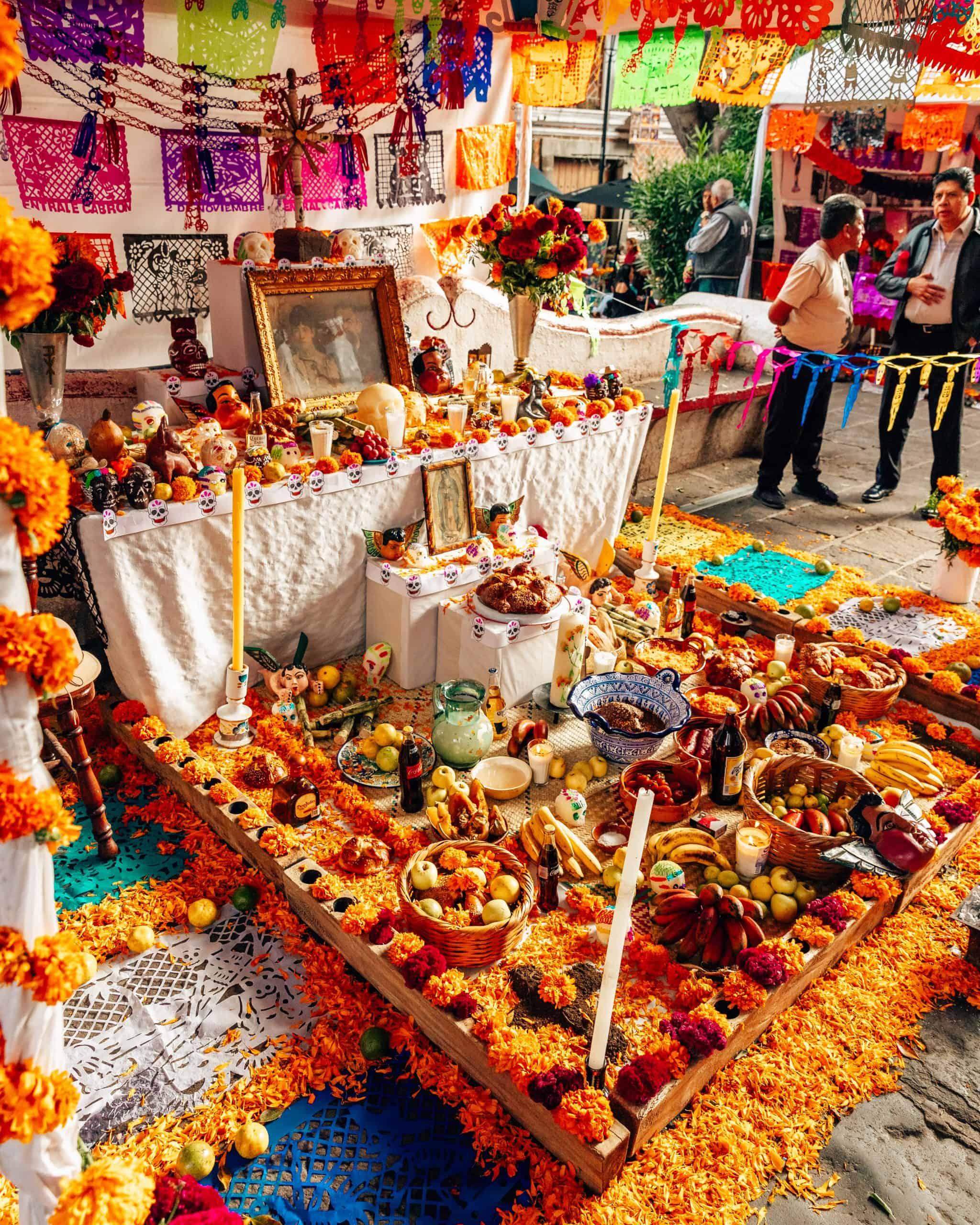 Public Ofrenda for Dia de los Muertos Mexico City