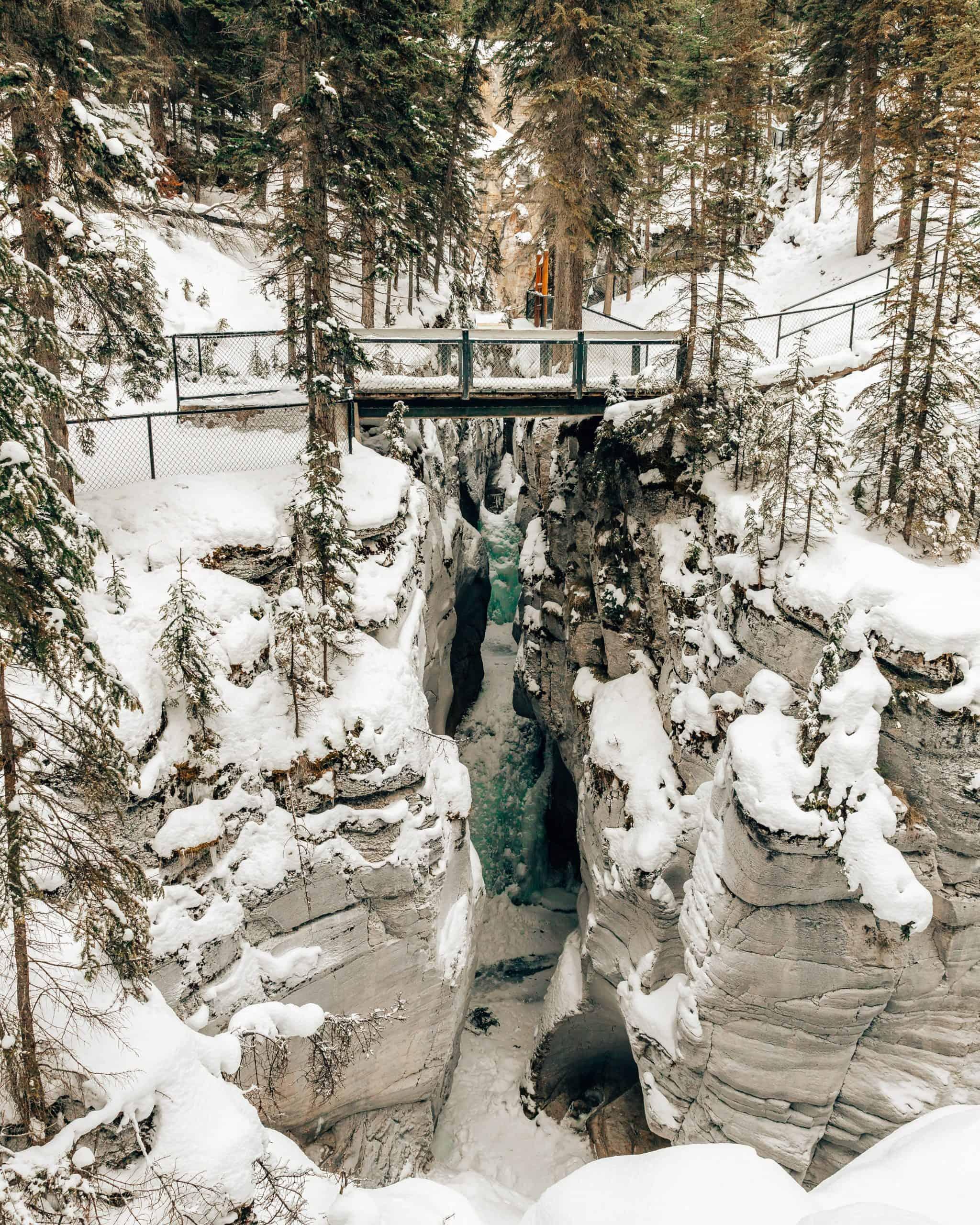 Maligne Canyon Icewalk in Jasper, Canada