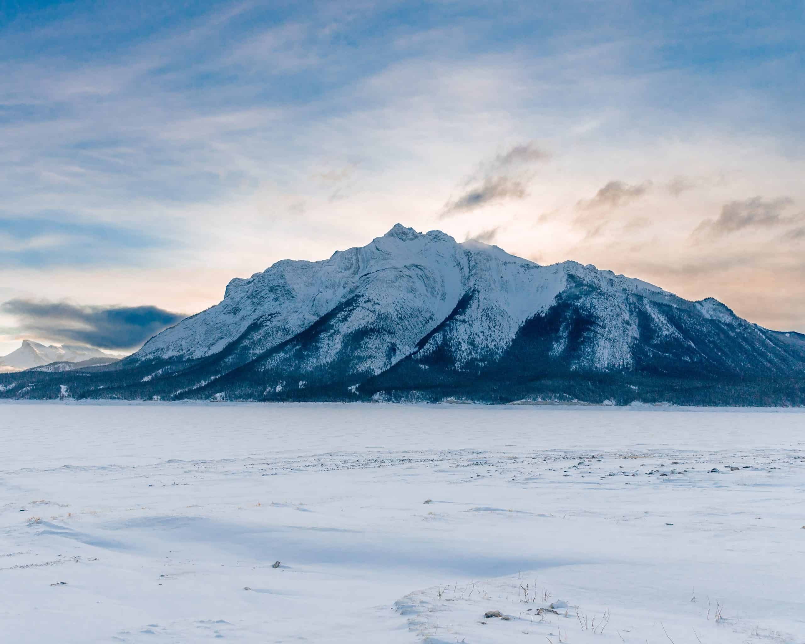 Frozen and Snow-Covered Abraham Lake - Best Things to do in Jasper in Winter
