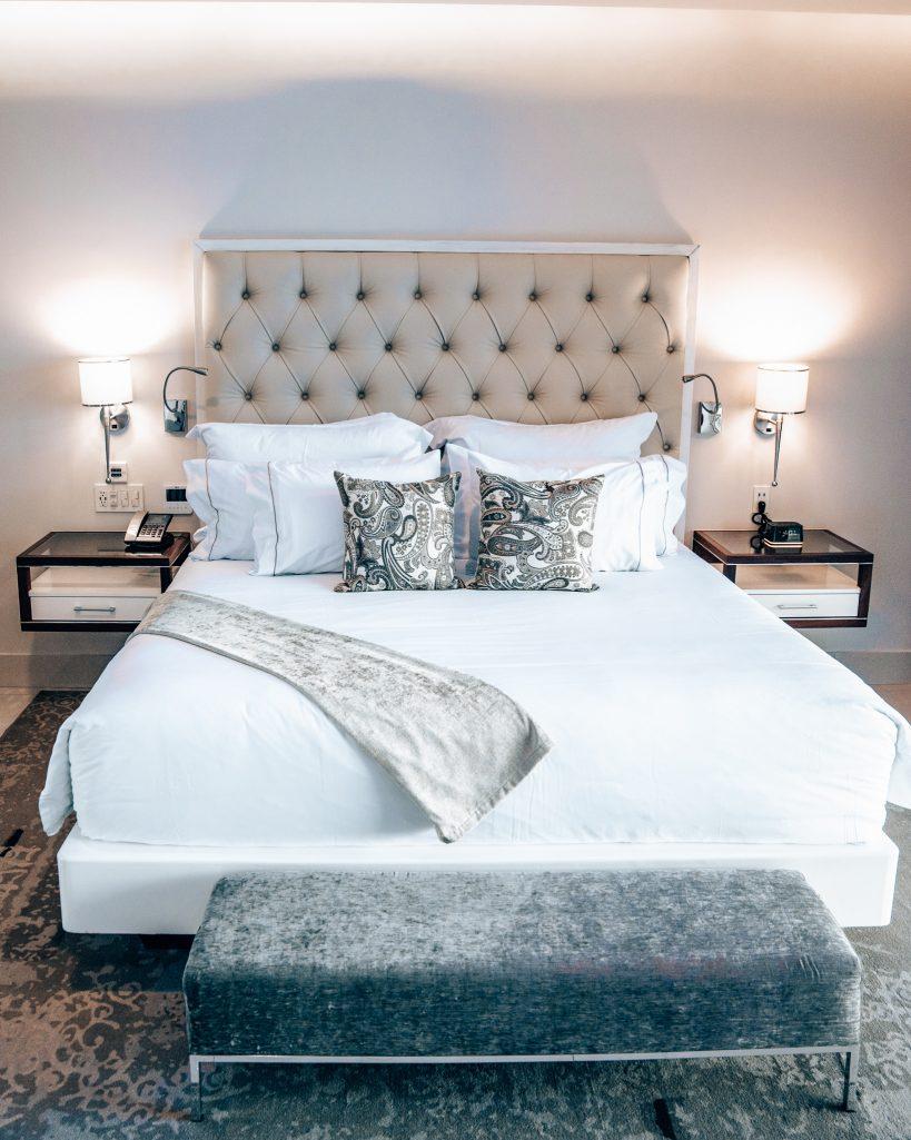 Bedroom at Garza Blanca Los Cabos