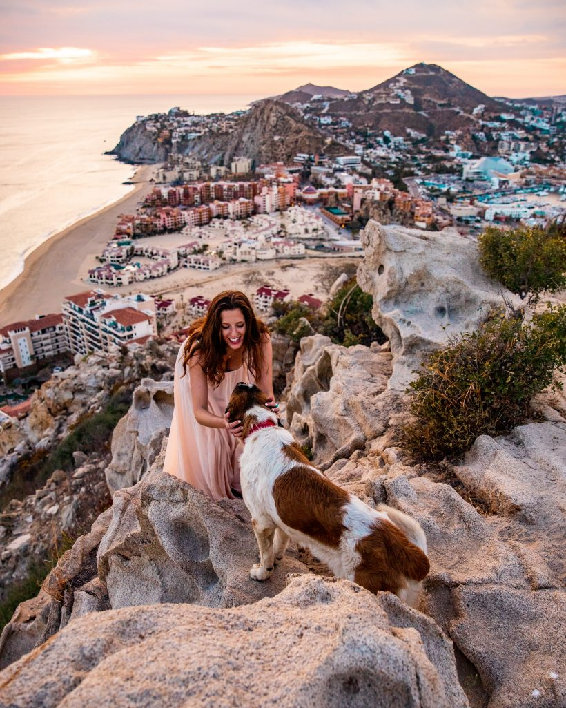 Hiking with dogs to Mount Solmar, Los Cabos