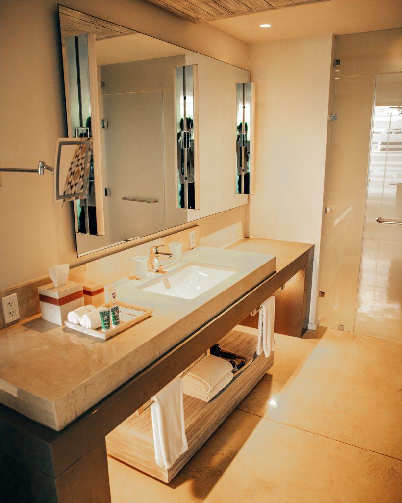 Andaz Mayakoba Resort Bathroom