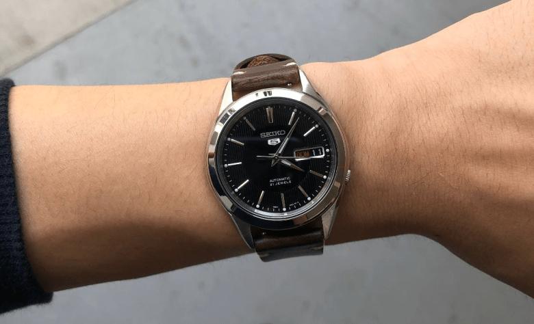 Seiko SNKL23 Wrist Shot on leather strap