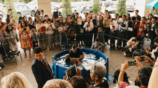 love this baptism pool!