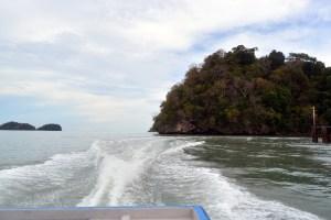 Boat to Tuba island